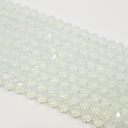 Opal 8mm fasetowana kulka mleczny - długi sznur