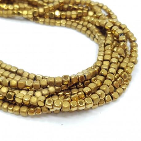 Hematyt 3x3mm kostka błyszcząca/matowa złoty - sznur