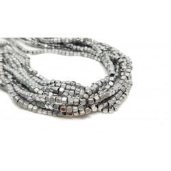 Hematyt 3x3mm kostka błyszcząca/matowa srebrny - sznur